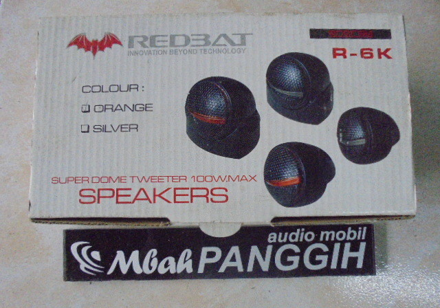 tweter red bat